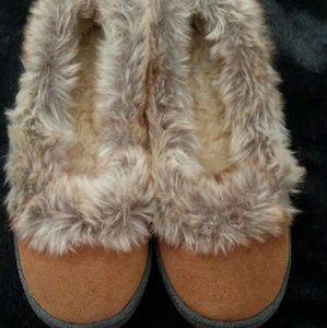 Mens Tan Zealand's Cyndi slippers